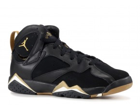 "AIR JORDAN 7 RETRO ""GOLDEN MOMENTS PACKAGE"""